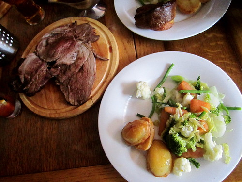 My First Proper English Sunday Roast - The Spread Eagle, Camden London