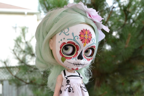 amazing skully girl!