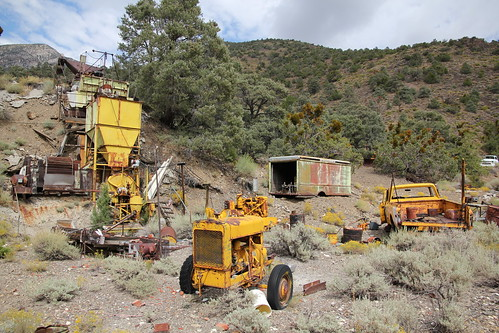Mining equipment in Sourdough Canyon