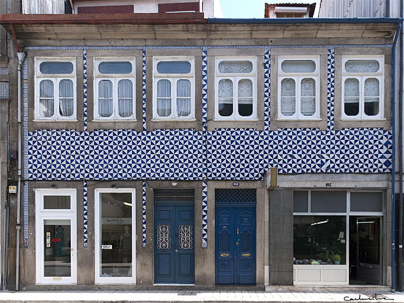 Fachadas azulejadas porto sentido - Azulejos para fachadas ...