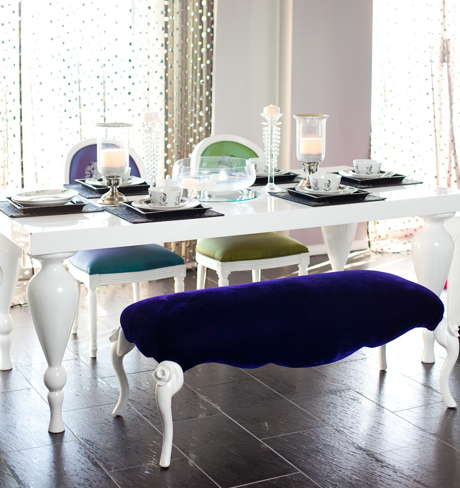 Tables storage diva rocker glam for Glam dining table