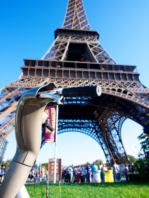Paris with an E-P3: Velibs at Eifell Tower