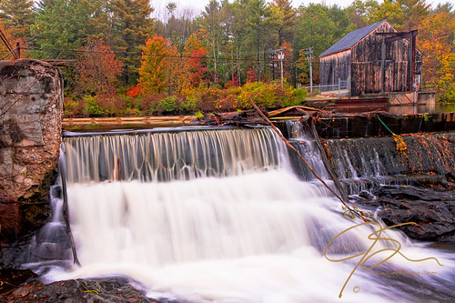autumn fall landscape waterfall fallcolors newhampshire nh foliage dover watsonrd