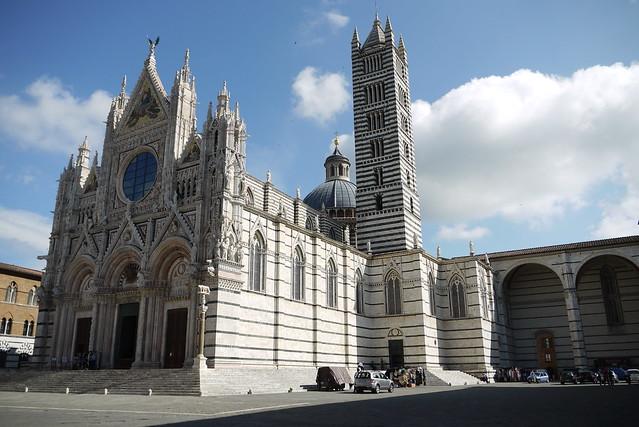 雪納主教座堂