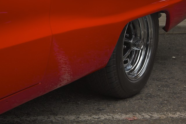 Red Paint, Chrome Wheel, and Road Stripe