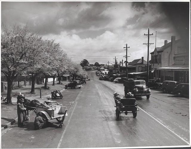 Main Street, Drouin, Victoria [2]