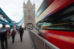 busses moving towards Tower Bridge