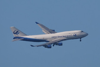 Great Wall Airlines Boeing 747 banking to finals EHAM