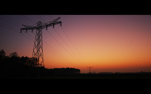sunset orange lines night project glow purple dusk empty perspective powerlines gradient 365 pictureoftheday overflow day271 onepictureperday project365 271365 2011inphotos 28092011