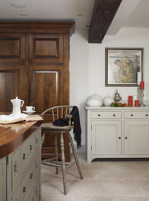 Freestanding Square Kitchen Island Design