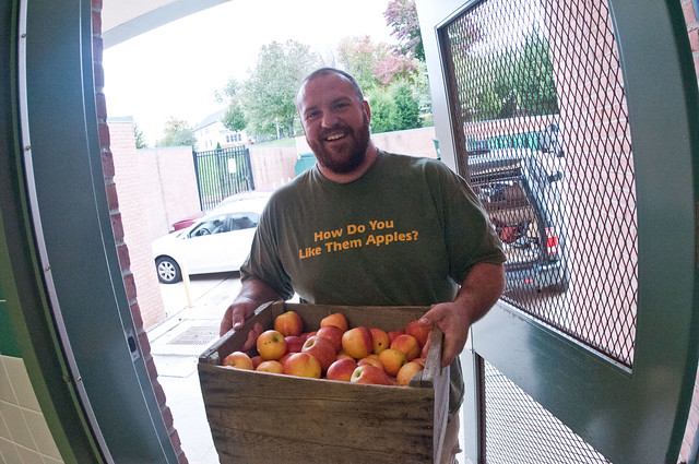 Bigg Riggs Farm owner Calvin Riggleman brought three varieties of apples to Nottingham Elementary School in Arlington, VA, for a National School Lunch Week event