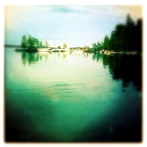 lake water finland square landscape harbor boat daily simple maisema 4seasons iphone järvi coolfx i365 hipstamatic iphonografia phototoaster