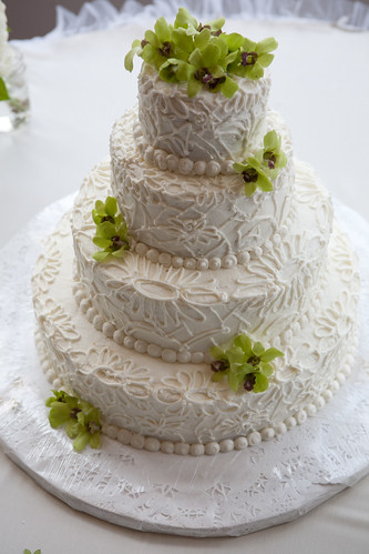 Don't Forget About The Cake: buttercream lace wedding cake