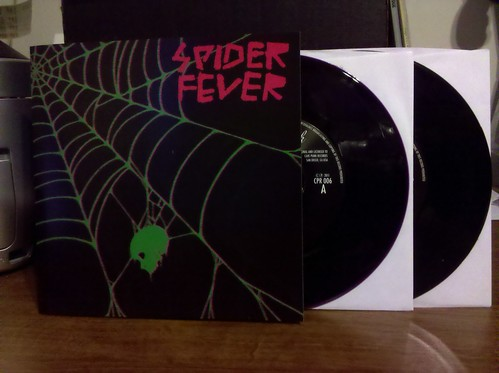 "Spider Fever - She's No Saint 7"" - Purple Vinyl (/400) & Black Vinyl (/100)"