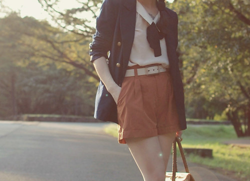 earth tone with navy boyfriend blazer