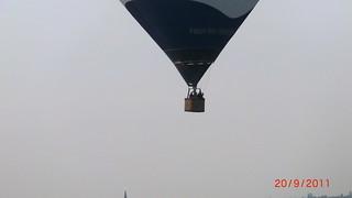 im Ballon konnten die Passagiere sich zwar noch etwas länger in der Luft halten 076