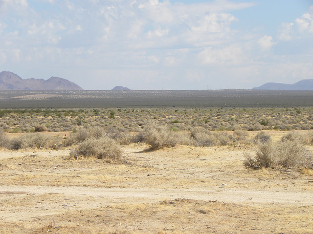 post apocalyptic sci fi desert