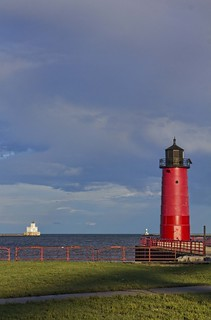 Milwaukee Wisconsin Harbor Entrance Light House