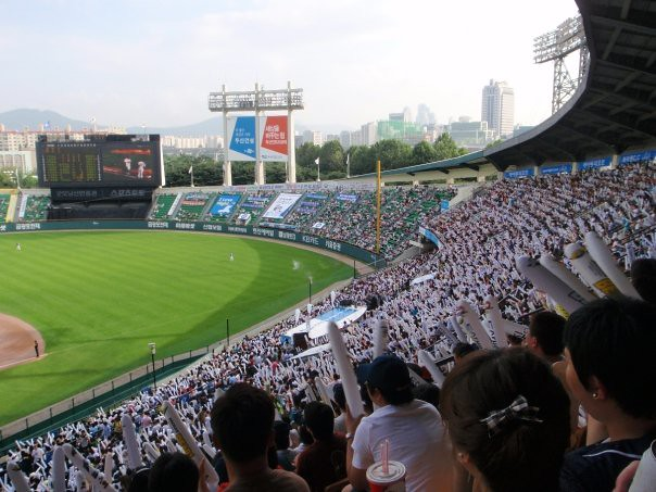 <p>Baseball is anything but boring in Korea where the fans and their synchronized cheers are the highlight of the game.</p>