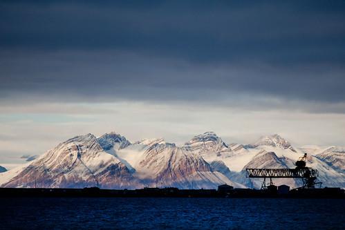 sea snow norway harbor norge high dock harbour crane horizon working svalbard arctic spitsbergen isfjorden longyearbyen