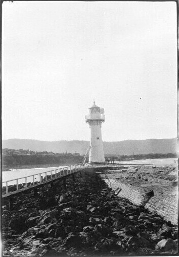 Lighthouse at end of breakwater, most likely Wollongong, 1927
