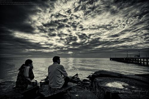 blackandwhite bw cloud india skyline sunrise coast pier twilight couple jetty earlymorning wave bluesky boulder quay seashore pondicherry beachroad seabeach canonefs1022mmf3545usm puducherry canon450d enjoyingview givetimeabreak enjoyingsunrise boulderplatform