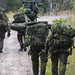 Snipers walk to extraction location by Canadian Army | Armée canadienne