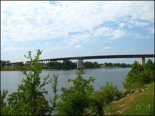 park bridge summer usa river tennessee savannah tennesseeriver philscamera hardincounty waynejerroldsriversidepark