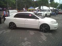 automobile, automotive exterior, wheel, vehicle, toyota corolla, bumper, sedan, land vehicle,