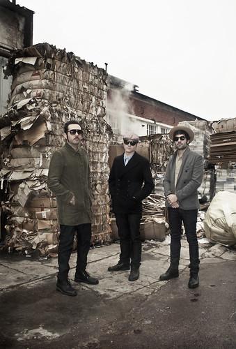 Foto Prensa, Thes Siniestros,  Los Últimos Días (Scatter Records, 2011)