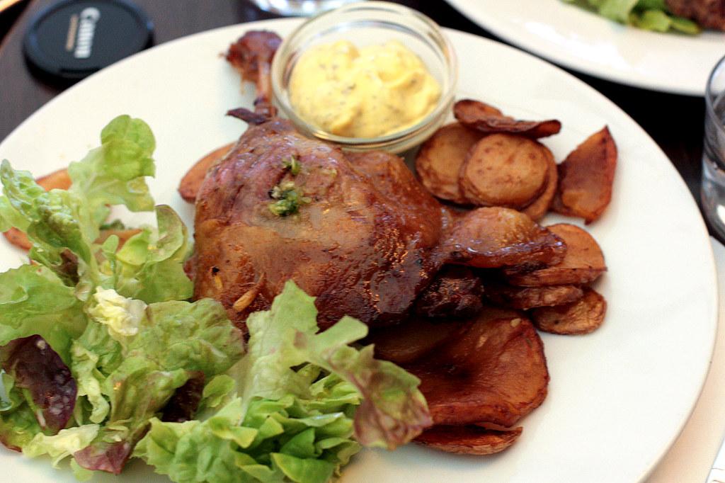 Cafe du Marche's confit du canard
