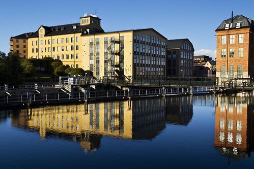 city reflection river sweden norrköping industrilandskapet motalaström canonefs1785mmf456isusm canoneos7d ginordicsept