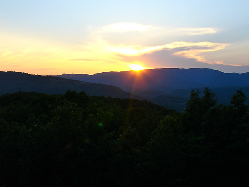 trees sunset mountains nature car skyline forest landscape outdoors evening virginia spring woods highway driving outdoor sunny everything 2011 nosduhmj