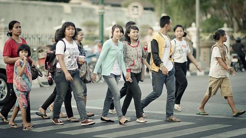 street blue girls woman girl indonesia asian nikon women aqua southeastasia flickr crossing dof bokeh candid streetphotography 85mm yogyakarta jogjakarta nikkor cinematic zebracross af85mmf14d flickraward d7000 nikond7000