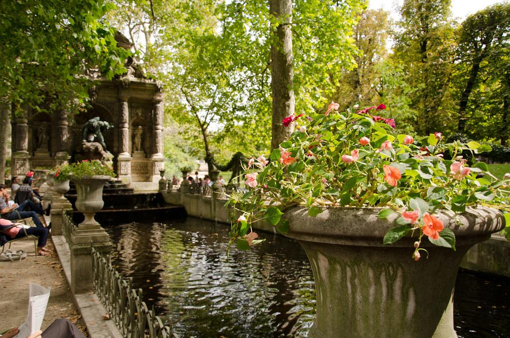 Le fant me du jardin du luxembourg et si on se promenait for Buvette des marionnettes du jardin du luxembourg