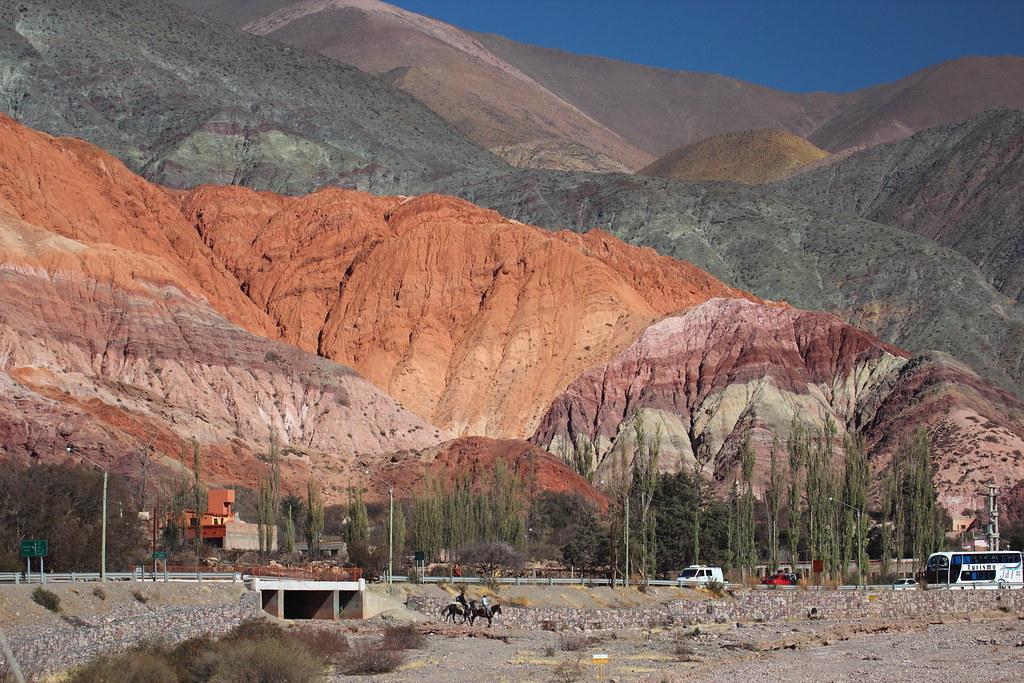 Cerro de Siete Colores