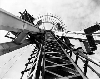 Space Needle under construction, 1961