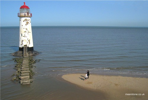 Photographing Point of Ayr Lighthouse