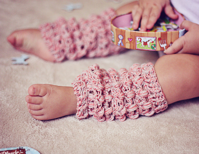 Petal Leg Warmers Crochet Pattern | Red Heart