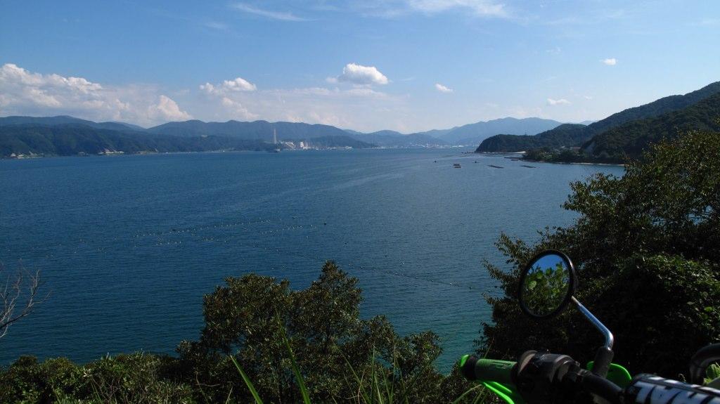 敦賀原発前の海