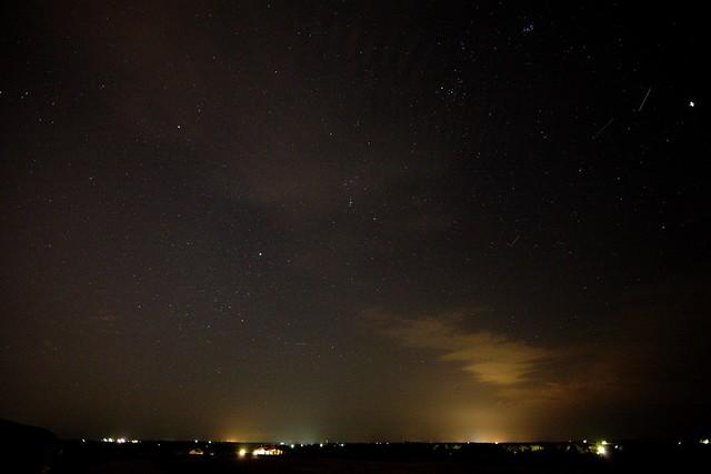 4 meteors [Draconid Meteor Shower, 2011]