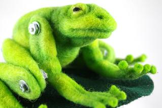Frog & Lily Pad 2