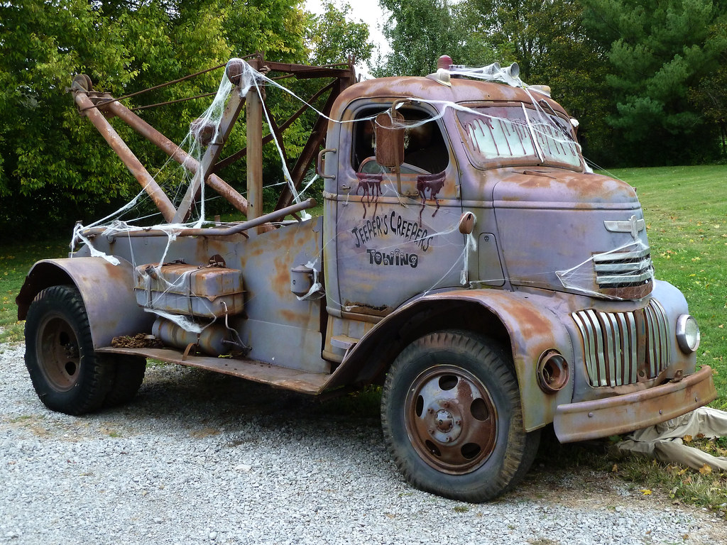 Best Used Trucks >> 40's Vintage Chevrolet Cab Over Engine (COE) Tow Truck | Flickr - Photo Sharing!