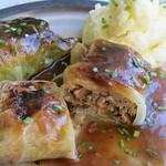 ©Vegetarische Kohlroulade mit Kartoffel-Püree