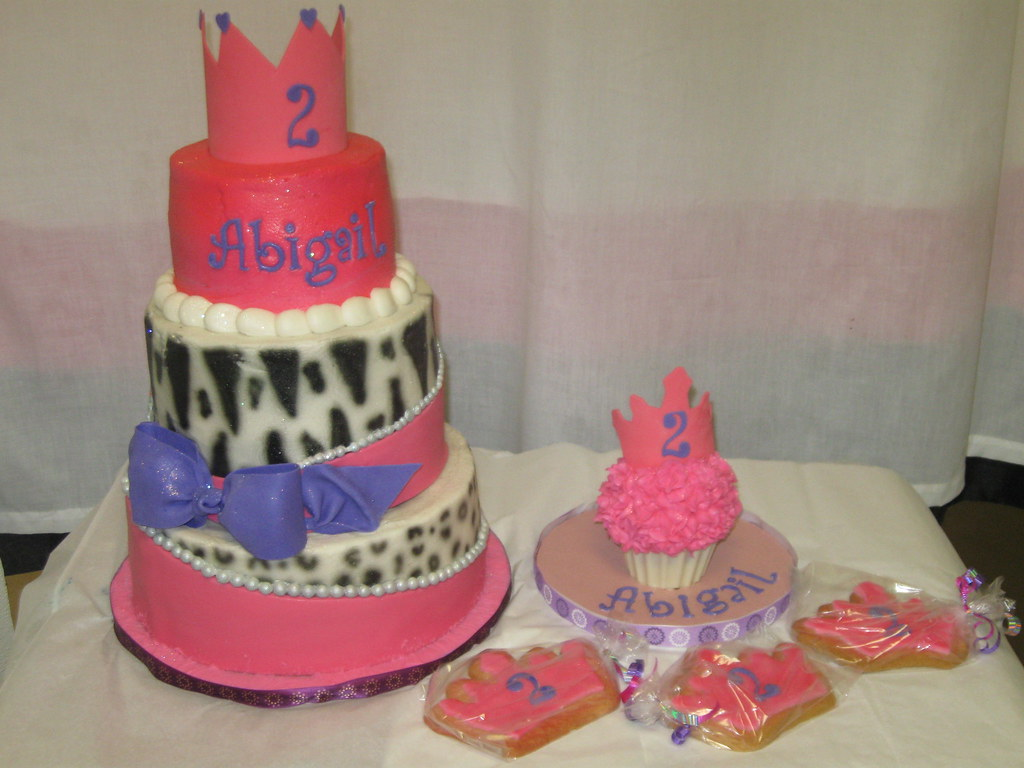 Little Diva Cake Smash And Cookies