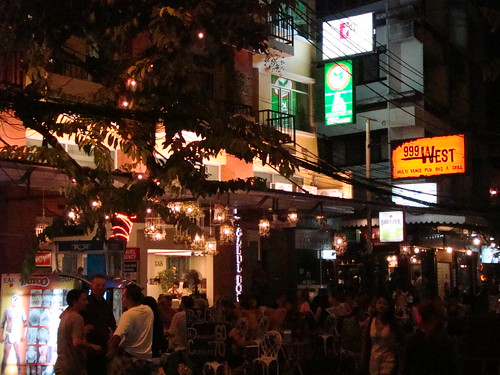 Bangkok Khao San Ghetto by Vasenka