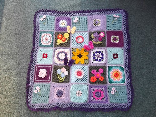 Thank you to everyone that has contributed Squares for 'Grow me a Garden' (3). 'Please add note if you see your Square!'.