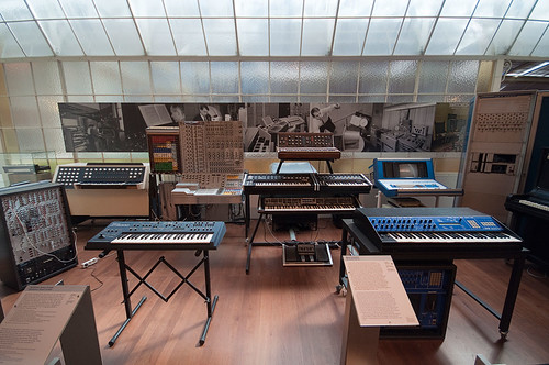 Synthesizers by Sebastian Niedlich (Grabthar)