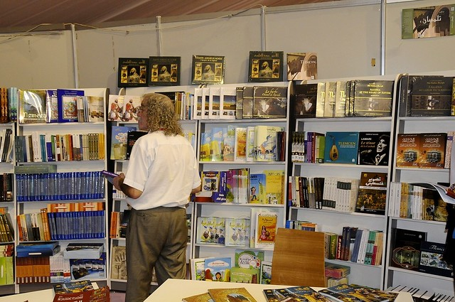 111003 Algiers Book Fair honours 'Arab Spring' | معرض الكتاب في الجزائر يحتفي بالربيع العربي | Le Printemps arabe, invité d'honneur du Salon du livre d'Alger
