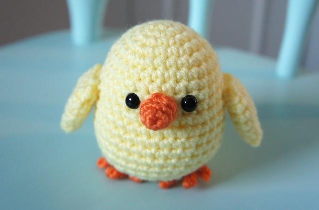 Amigurumi Hatching Easter Chicks : 6025459529_f089eee57f_z.jpg